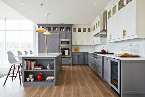 Hot Home Trend to Watch: The Two-Toned Kitchen